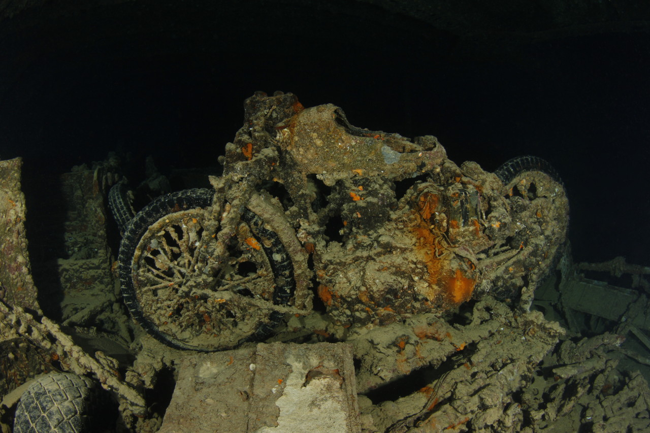 Motorbike inside the Thistlegorm (Photo: Juergen)
